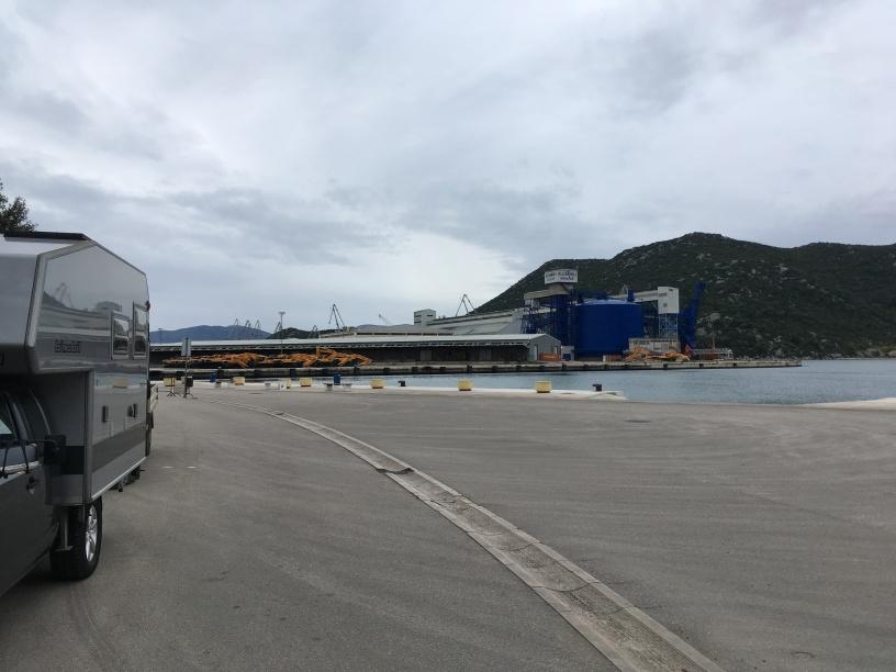 Ploce Hafen